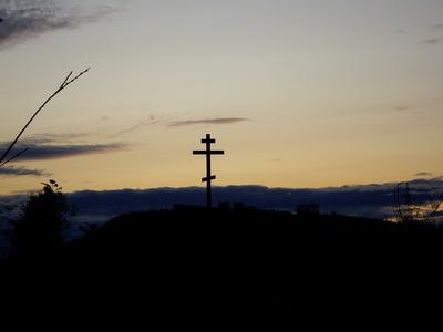 Крест на горке